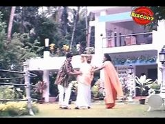 Ishtam | Full Malayalam Movie 2001 | Dileep |Navya Nair | Jayasudha | Sibi Malayil